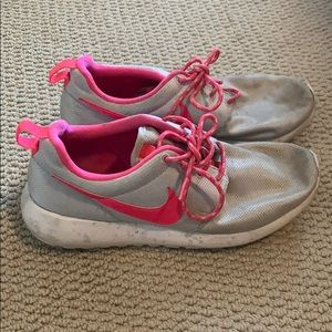 Nike silver and pinky free runs, size 6, worn